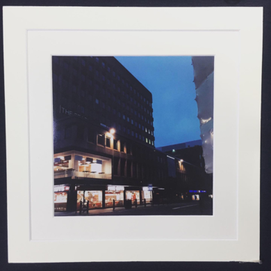 You in the evening sky│acid-free photo paper│printed and produced in the UK│Origin|FotografíadeJHIH YU CHEN| Compra arte en Flecha.es