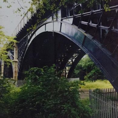 Osborne Bridge│acid-free photo paper│printed in the UK│pine thick border│Origin|FotografíadeJHIH YU CHEN| Compra arte en Flecha.es