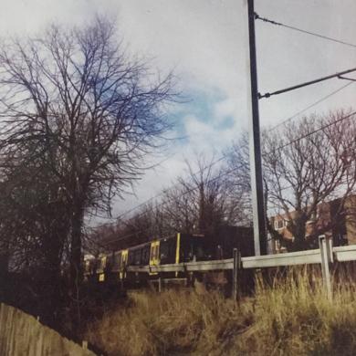 MRT driving in autumn│acid-free photo paper│printed and produced in the UK│origin|FotografíadeJHIH YU CHEN| Compra arte en Flecha.es
