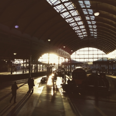 Winter Station│Acid-free photo paper│Printed in the UK│Pine thick border│Original|FotografíadeJHIH YU CHEN| Compra arte en Flecha.es
