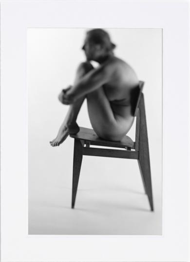 Chaise Prouvé|FotografíadeSylvain Schneider| Compra arte en Flecha.es