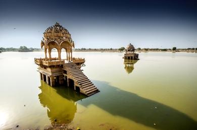 India . La luz lo dice todo|FotografíadeJavier Lopez| Compra arte en Flecha.es