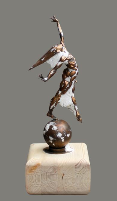 Aquelarre EsculturadeCésar  Orrico  Compra arte en Flecha.es