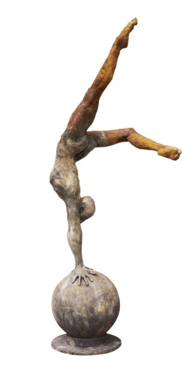 Equilibrio EsculturadeCésar  Orrico  Compra arte en Flecha.es