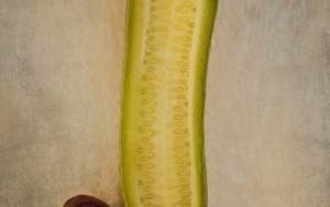 Cucumber and berries|FotografíadeEva Ortiz| Compra arte en Flecha.es