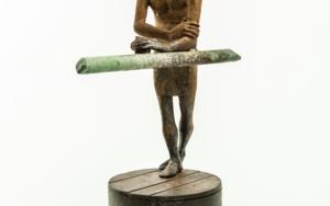 AMAZÓN PENACHO|EsculturadeJavier de la Rosa| Compra arte en Flecha.es