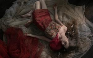 Haunted by Illusiones|FotografíadeViet Ha Tran| Compra arte en Flecha.es
