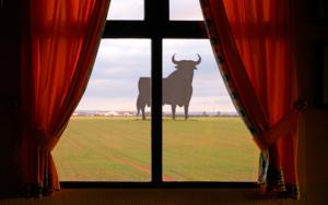 Toro, Osborne|FotografíadeAndy Sotiriou| Compra arte en Flecha.es