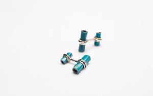Gemelos de plata 950 y tubitos azules|JoyeríadeEster Ventura| Compra arte en Flecha.es