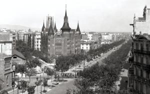 BARCELONA - CASA DE LAS PUNCHAS|FotografíadeADOLFO ZERKOWITZ| Compra arte en Flecha.es