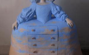 Menina cómoda|EsculturadeCarmen Varela| Compra arte en Flecha.es