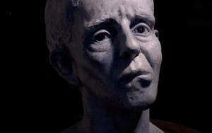 Mujer de la pastilla|EsculturadeDemendoza_sculpture| Compra arte en Flecha.es