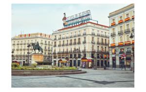 La puerta del sol - Mas sola que nunca debido a la pandemia de la COVID-19|DigitaldeIván Abanades Medina| Compra arte en Flecha.es