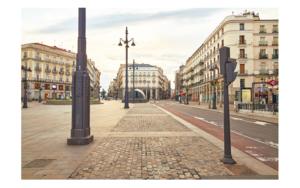 Insólita estampa del corazón de Madrid por la pandemia de la COVID-19 DigitaldeIván Abanades Medina  Compra arte en Flecha.es