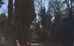 Jumap and walk│jesmond dene│acid-free photo paper│printed in the UK│Origin|FotografíadeJHIH YU CHEN| Compra arte en Flecha.es