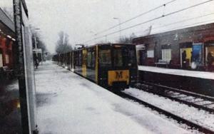 snowing2│acid-free photo paper│printed in the UK│pine thick border│Original FotografíadeJHIH YU CHEN  Compra arte en Flecha.es