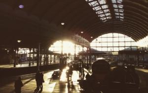 Winter Station│Acid-free photo paper│Printed in the UK│Pine thick border│Original FotografíadeJHIH YU CHEN  Compra arte en Flecha.es