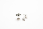Gemelos de plata 950 cuadrados con puntos | Joyería de Ester Ventura | Compra arte en Flecha.es
