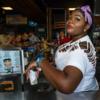 Proud Lady | Fotografía de Cano Erhardt | Compra arte en Flecha.es